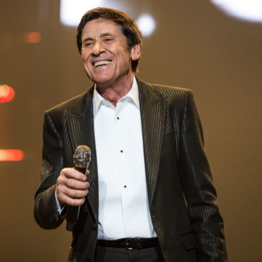Gianni Morandi intramontabile: sold out a Rimini